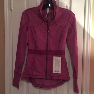 NWT lulu riding jacket size 6 incredible color